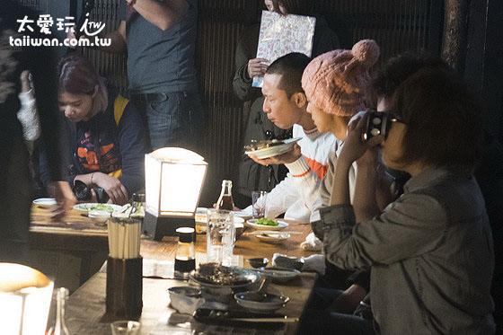 用餐的當晚剛好遇到食尚玩家節目前往錄影