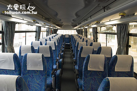 22号机场巴士内部乾淨舒适