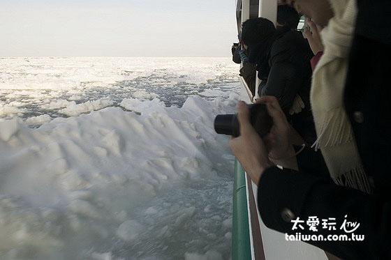 流冰觀光破冰船是必參加的行程