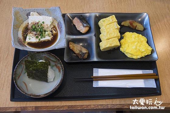 早餐很傳統日本的感覺