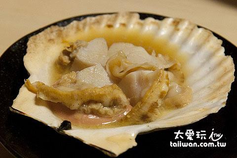 一大颗烤干贝450日元