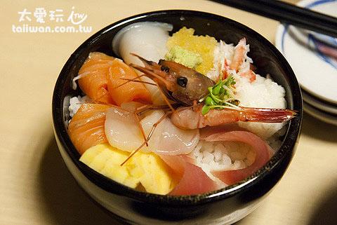 海鲜盖饭1280日圆