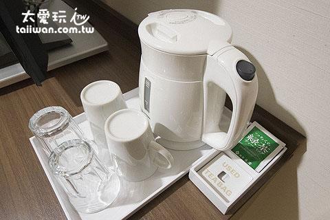 热水壶、茶包