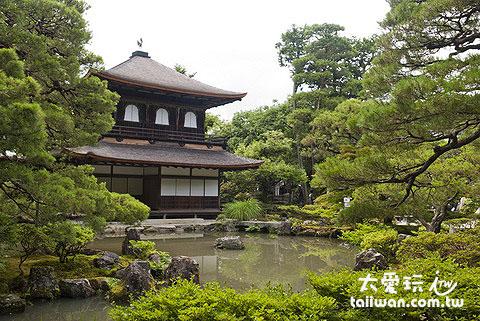 觀音殿與池泉迴遊式庭園