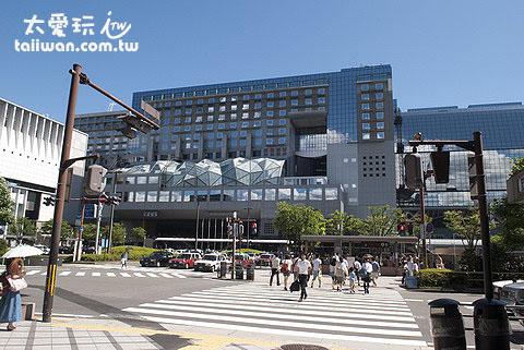 京都JR车站是交通枢纽