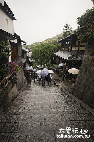 清水寺周邊街道充滿江戶時代的風情