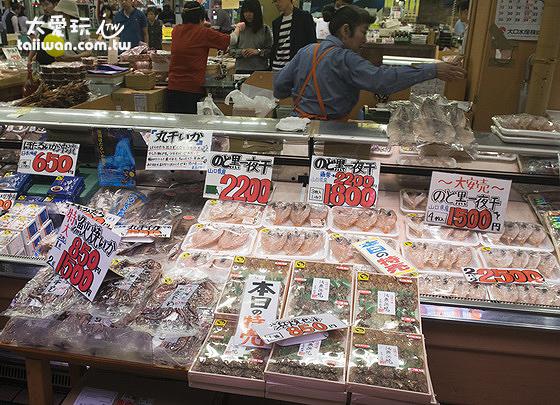 近江町市場有超過185家以上的各種專賣店