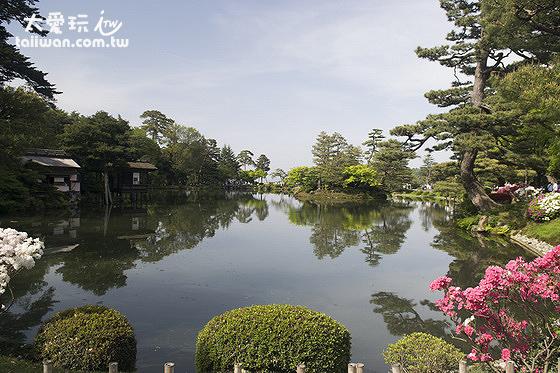 兼六園的小湖