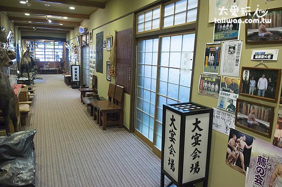 一樓餐廳走廊