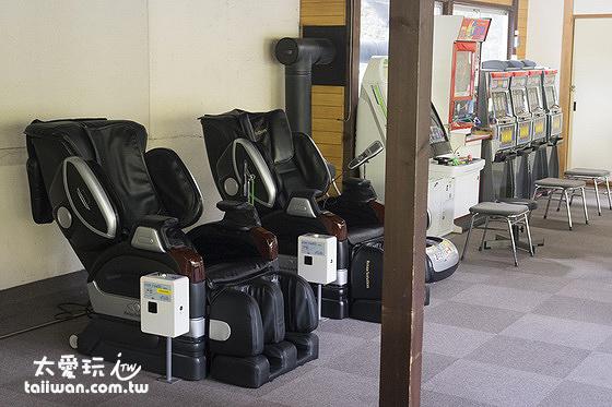娛樂室(有乒乓球、麻將桌、遊戲機及按摩椅等)