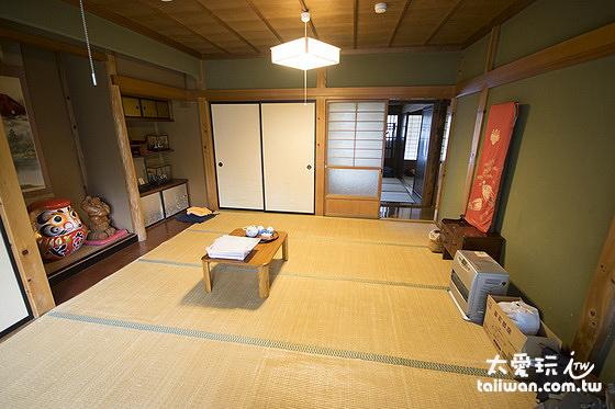 房間內的擺設就是一般的傳統日本住家
