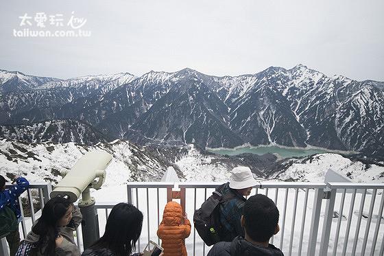 大觀峰有展望台可以晀望阿爾卑斯山脈及黑部水庫的景色