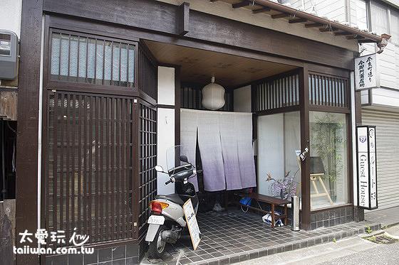 奈良有許多傳統日式木屋民宿