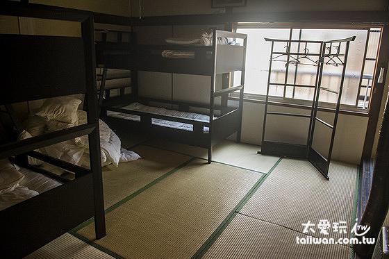 傳統日式木屋的隔間比較差