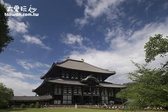 東大寺是全世界最大的木構造建築