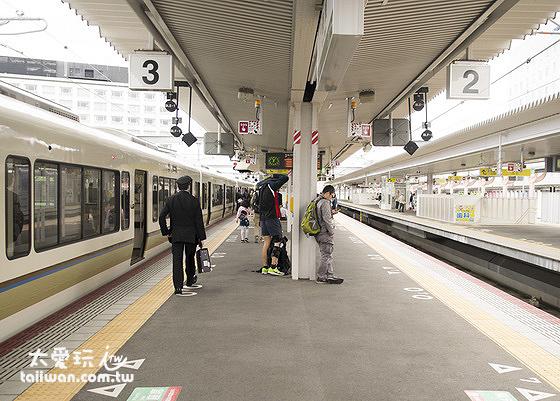 無論你是從大阪到奈良,還是從京都到奈良,都是只有兩條鐵路路線可以選