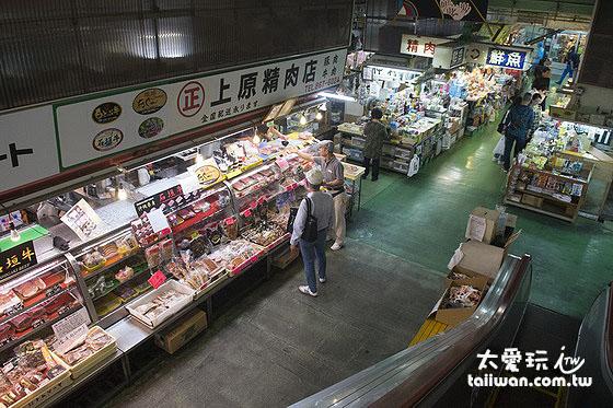 「那霸市第一牧志公設市場」一樓店家