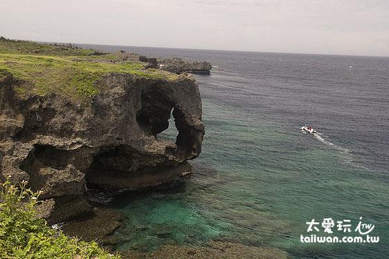 万座毛大象礁岩