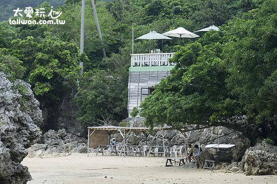 浜边的茶屋可以看海景