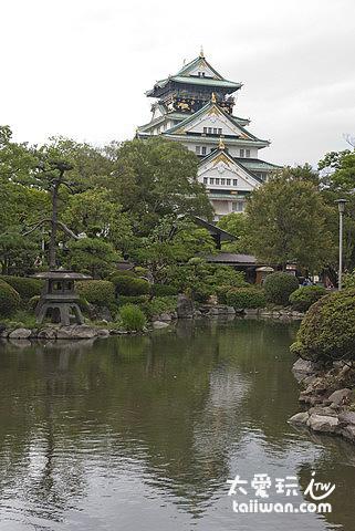 大阪城是日本著名的古蹟