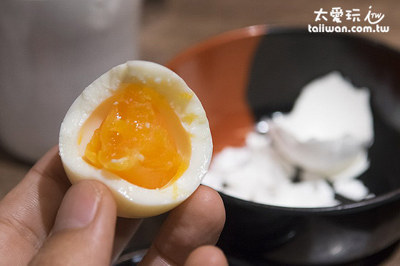 半熟盐味蛋也很好吃