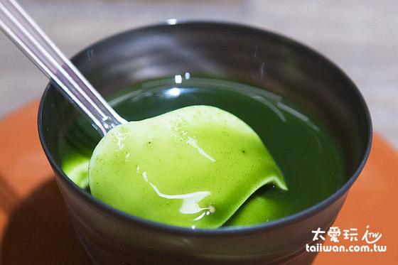 抹茶杏仁豆腐也很好吃