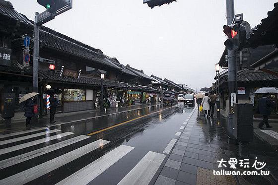藏造老街两旁建筑物充满江户时代风情