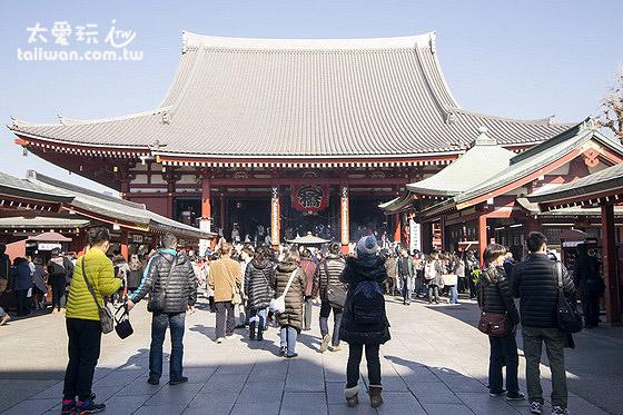浅草寺是东京最有名的文化景点