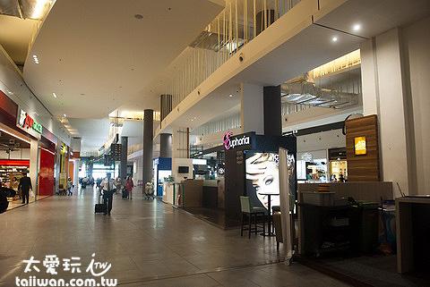 KLIA2整個設施多非常多,購物跟吃飯的選擇多到爆炸