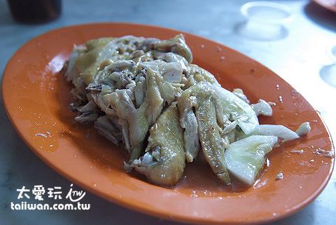 中華茶室的雞肉軟嫩香滑,雞汁多又味濃