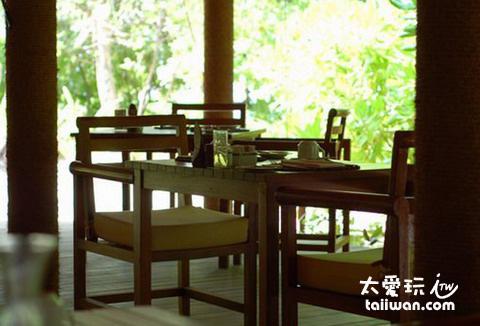 主餐廳 (Main Restaurant)
