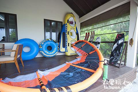 各種水上活動器具