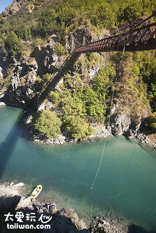 紐西蘭極限運動 - 高空彈跳