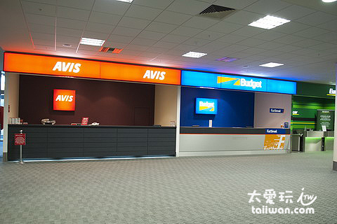 基督城機場租車公司的櫃臺