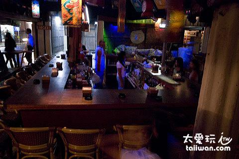 Cocomangas Bar