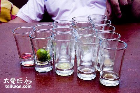 Cocomangas Bar總算喝完那15杯調酒