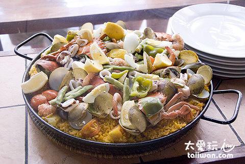 Dos Mestizos西班牙餐廳海鮮飯
