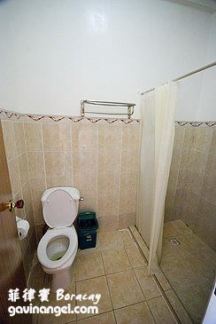 浴廁還算乾淨