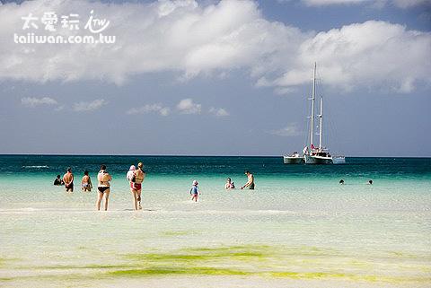 海藻季節有點影響景觀