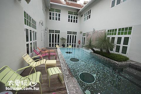大華酒店泳池
