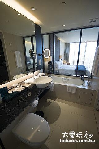 浴室可以看透到房間