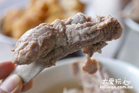 肉骨茶也是我推薦新加坡必吃的美食之一