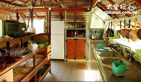 一般民宿及普通飯店大都會提供廚房給房客使用