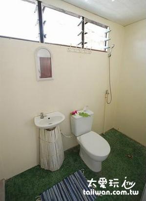 Rangiroa Lodge民宿雙人房廁所
