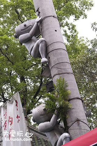 內灣老街上的劉興欽漫畫人物