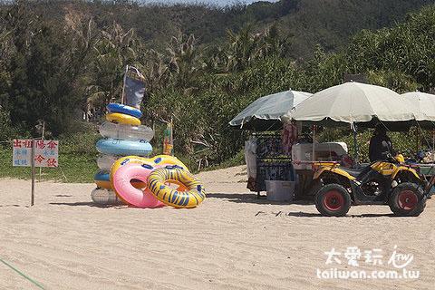 白沙海灘陽傘、泳圈出租業者