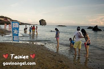 船帆石的海灘戲水區