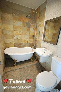 二樓雙人面海房衛浴