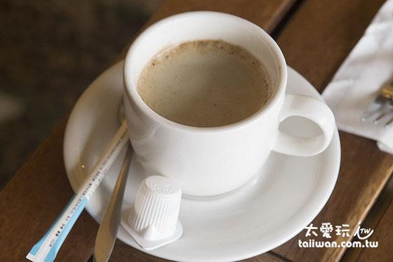 大阪六懶人館早餐咖啡