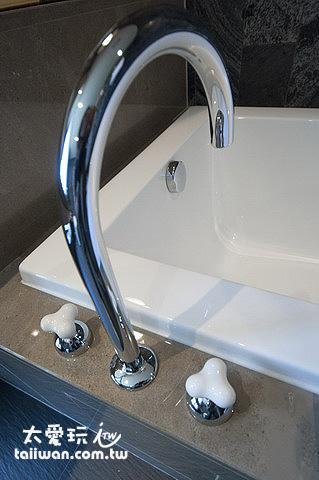 台灣廠商生產的浴缸
